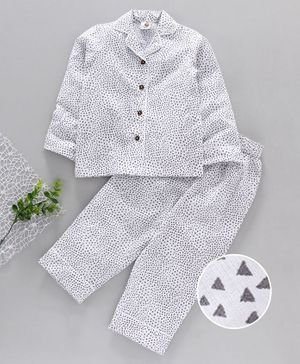 Tahanis Triangle Print Full Sleeves Night Suit - White
