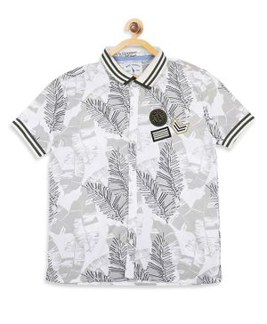 Blue Giraffe Half Sleeves Tropical Print Shirt - Off White