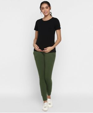 Wobbly Walk Half Sleeves Nursing Tee With Joggers - Myrtle Green