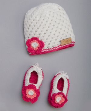 The Original Knit Flower Applique Booties With Cap - Circumference - 48 Cms - Pink & White