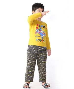 Soft Touche Full Sleeves Ready To Fly Print Tee With Pajama - Yellow