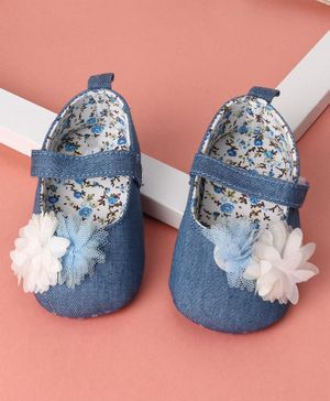 KIDLINGSS Flower Applique Velcro Closure Booties - Light Blue