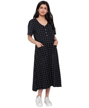 Mometernity Half Sleeves Checked Maternity Dress With Mask - Black