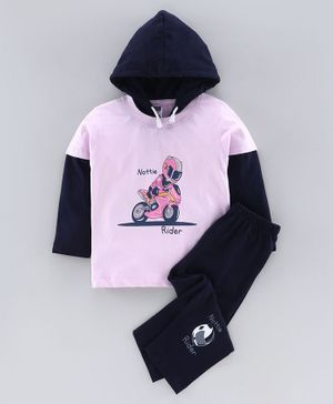 Nottie Planet Full Sleeves Man With Motor Bike Print Infant Hood T-Shirt With Pant Set - Lavender