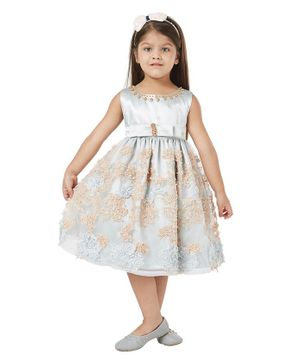 Tic Tac Toe Sleeveless Flower Embellished Beaded Party Dress. - Light Blue