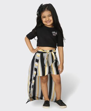 Tic Tac Toe Half Sleeves Top With Striped Shorts  - Black