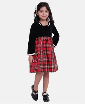 BownBee Full Sleeves Checked Flare Dress - Black