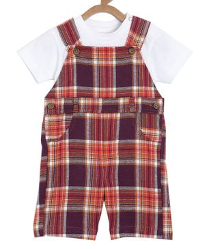 Aomi Half Sleeves T-Shirt With Checked Dungaree - Red
