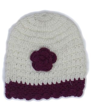 USHA ENTERPRISES Flower Detailing Cap - Off White