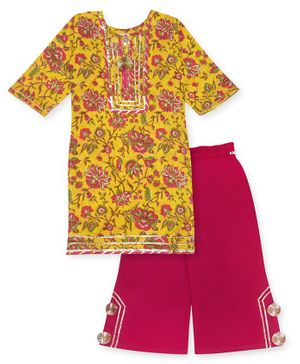 Kinder Kids Three Fourth Sleeves Floral Printed Straight Kurti With Tasseled Neckline & Pants - Yellow
