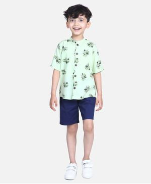 Cutiekins Half Sleeves Leaves Print Shirt With Shorts - Green