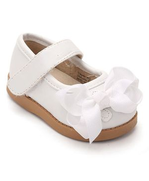 Mooshu Trainers Pretty & Attractive Shoes - White