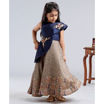 Enfance Sleeveless Floral Brooch Patch Flared Gown - Blue