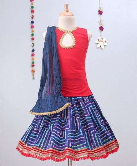 Kidcetra Sleeveless Tie Back Choli And Leheriya Lehenga With Dupatta Set  - Blue & Red