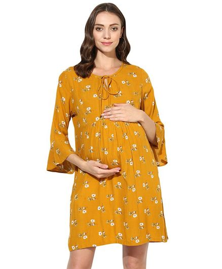 Wobbly Walk Floral Printed Three Fourth Sleeves Maternity Dress - Yellow
