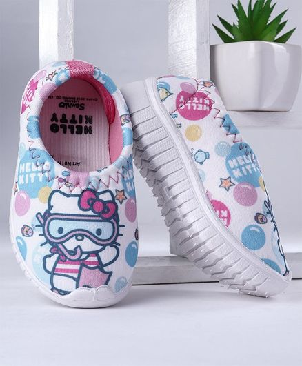 083655847 Buy Hello Kitty Canvas Shoes Multicolour for Girls (1-12 Months ...