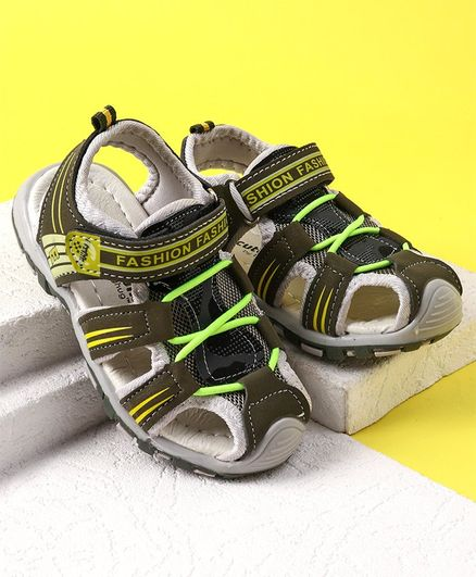 2514a7bcce12 Buy Cute Walk by Babyhug Sandals Velcro Closure Green for Boys (2 ...