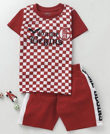 Game Begins Half Sleeves Checked Tee & Shorts Set - Red