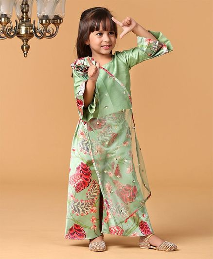 Varsha Showering Trends Three Fourth Sleeves Top With Flower Print Pants - Green