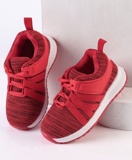 Cute Walk by Babyhug Sports Shoes - Red