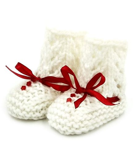 Magic Needles Crystal Detailed Handmade Crochet Booties - White