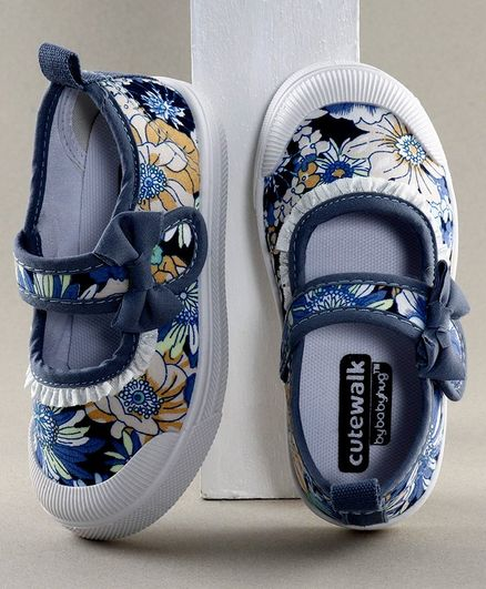 Cute Walk by Babyhug Floral Print Casual Shoes - Blue