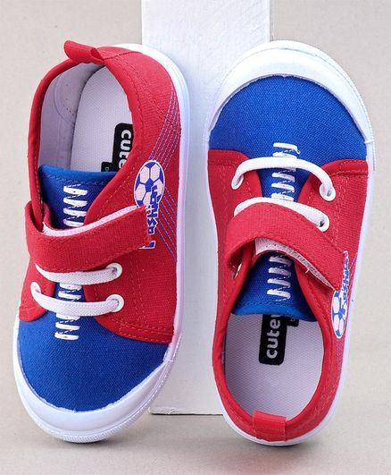 Cute Walk by Babyhug Casual Shoes Football Print - Red