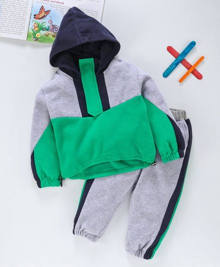 Carter/'s NEW 2 pc Boy Winter Outfit Size 4//5 Hooded Sweatshirt Track Pants NWT
