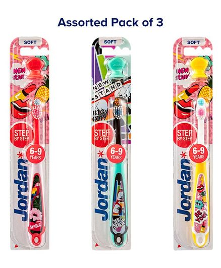 Jordan Step by Step Toothbrushes With Stand - Pack of 3 (Colour May Vary)