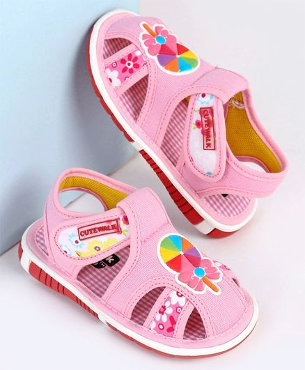Cute Walk by Babyhug Sandals Candy Patch - Pink