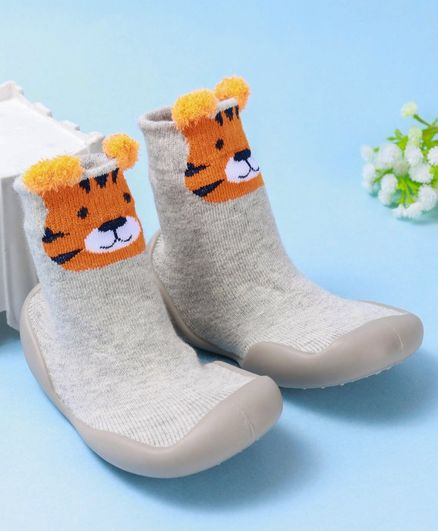Cute Walk by Babyhug Ankle Length Sock Shoes Tiger Design - Grey