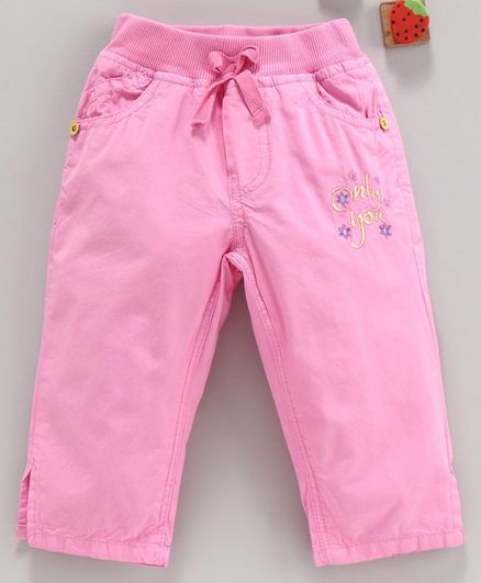 Olio Kids Three Fourth Leggings Text Embroidered - Pink