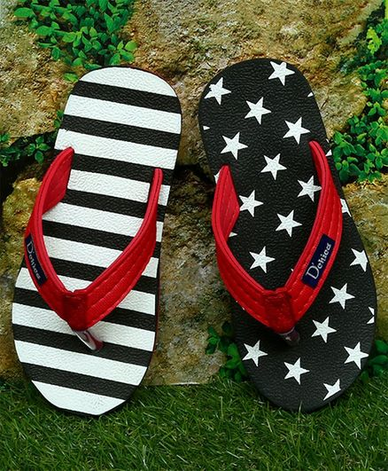 D'chica Bro Striped & Star Printed Mismatch Slippers - Black & Red