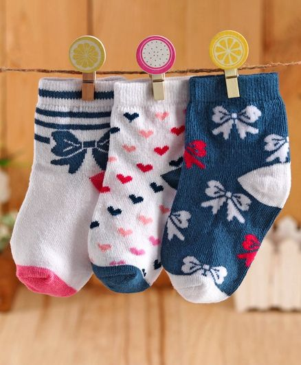Cute Walk by Babyhug Anti Bacterial Ankle Length Socks Bow & Heart Design Pack of 3 - Navy Blue White