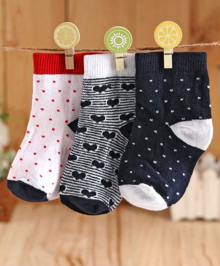Cute Walk by Babyhug Anti Bacterial Ankle Length Socks Dot & Heart Design Pack of 3 - Navy Blue White
