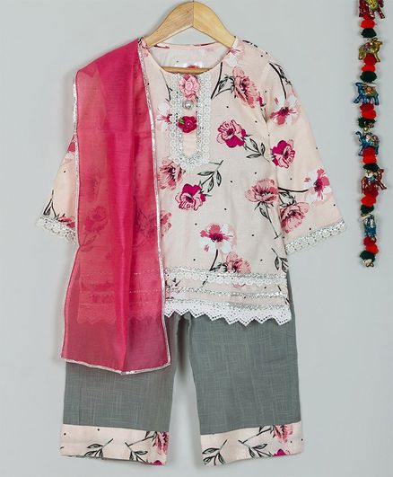 Little Bansi Three Fourth Sleeves Flower Print Kurta With Dupatta & Sharara Set - Pink