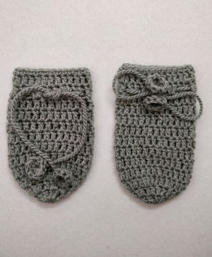 Knit Masters Solid Pattern Mittens - Grey