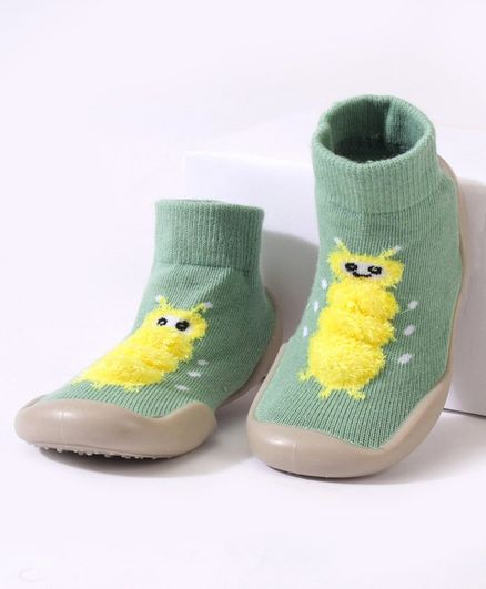 Cute Walk by Babyhug Sock Shoes - Green