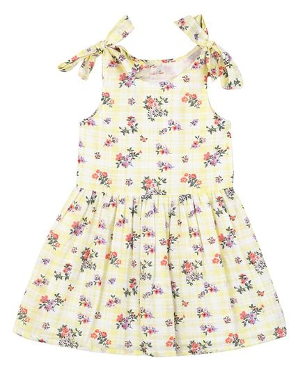 Budding Bees Sleeveless Floral Printed Flared Dress  - Yellow