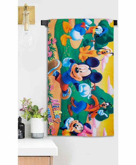 Sassoon Microfiber Bath Towel Mickey Mouse & Friends Print - Multicolor
