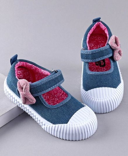 Cute Walk by Babyhug Casual Shoes Bow Applique - Blue