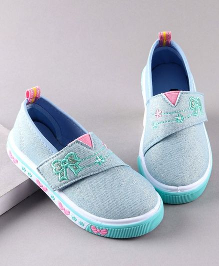 Cute Walk by Babyhug Casual Shoes Bow Embroidery - Light Blue