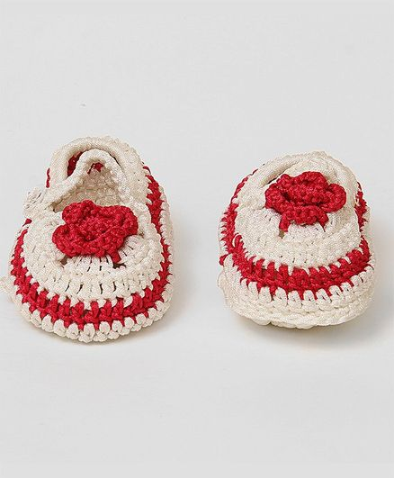USHA ENTERPRISES Hand Knitted Flower Pattern Booties - Red