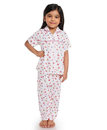 Fuzzy Bear All Over Cupcake Printed Half Night Suit - White & Pink