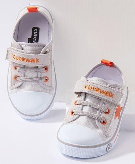 Cute Walk by Babyhug Casual Shoes Star Patch - Grey