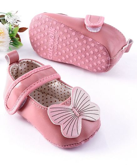 Cute Walk by Babyhug Booties Butterfly Applique - Pink