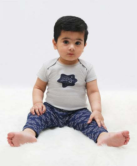 Kaarpas Organic Cotton Short Sleeves Astronauts Print Onesie With Pants - Grey & Blue
