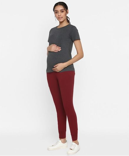Wobbly Walk Half Sleeves Solid Nursing Tee With Joggers - Maroon
