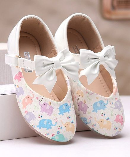 Cute Walk by Babyhug Belly Shoes Bow Applique - White