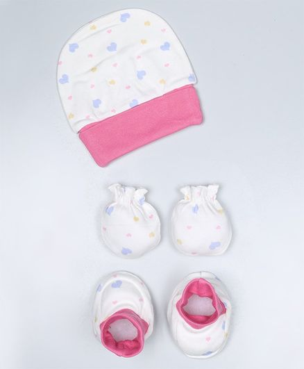 Grandma's Cap Mittens and Booties Set Heart Print Pink - Diameter 10.5 cm